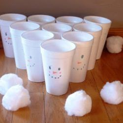 Snowball Toss Game - 1 of 40 winter activities for toddlers