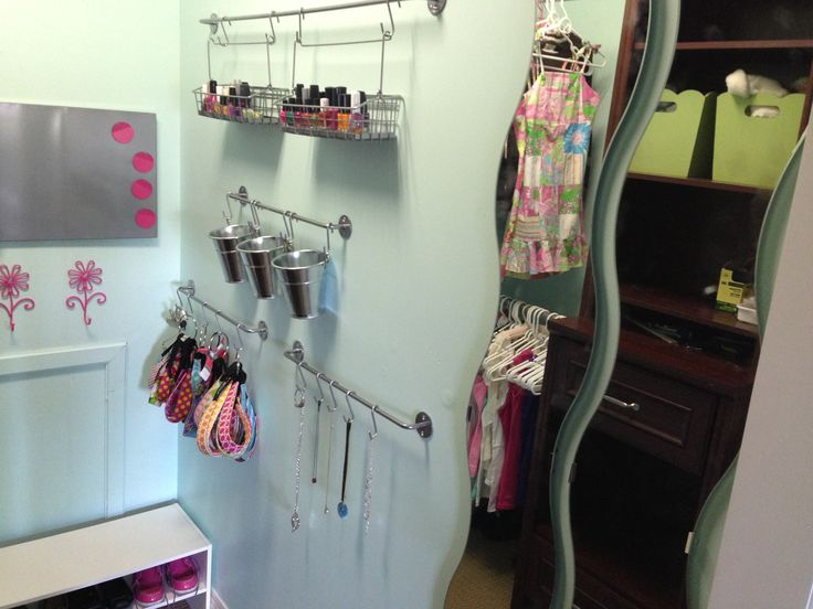 Teenage Girl Closet Organization! Got This From Another Board That I Forgot  To Pin!
