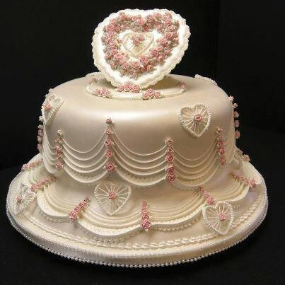 Beautiful Heart Cake Images : Beautiful heart shaped cake Unbelievable cakes ...