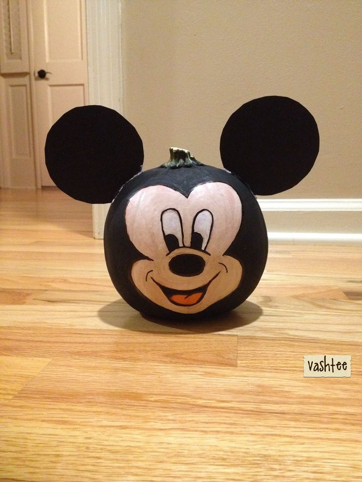 Mickey mouse pumpkin painting halloween pinterest for How to paint a mickey mouse pumpkin