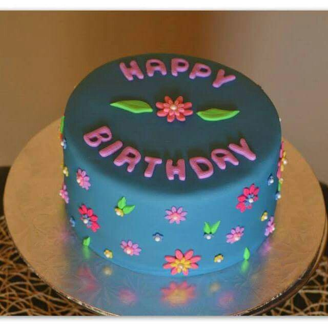 Flower cake. Made by The Dotted Apron Bloemfontein. https://m.facebook.com/profile.php?id=703914623013978&refsrc=https%3A%2F%2Fwww.facebook.com%2Fpages%2FThe-Dotted-Apron%2F703914623013978
