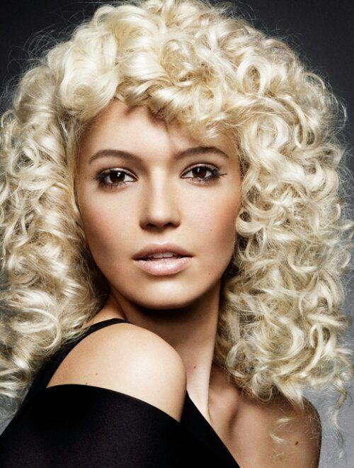 Haarverlies bij vrouwen http://drsplinck.nl/haarverzorging/haarverlies-bij-vrouwen
