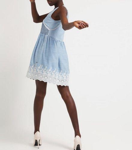 Sukienka jeansowa oversize z koronką