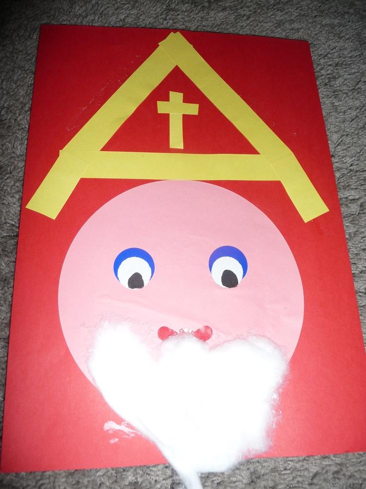 MAP: Sint  Sint op een rood papier met een cirkel