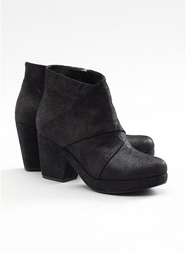 Coax Bootie in Italian Crackled Leather