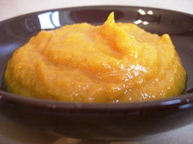 Pumpkin Banana Organic puree and half a dozen other yummy purees!