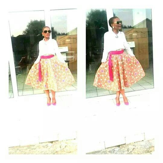 Mangqosh full circle print skirt.