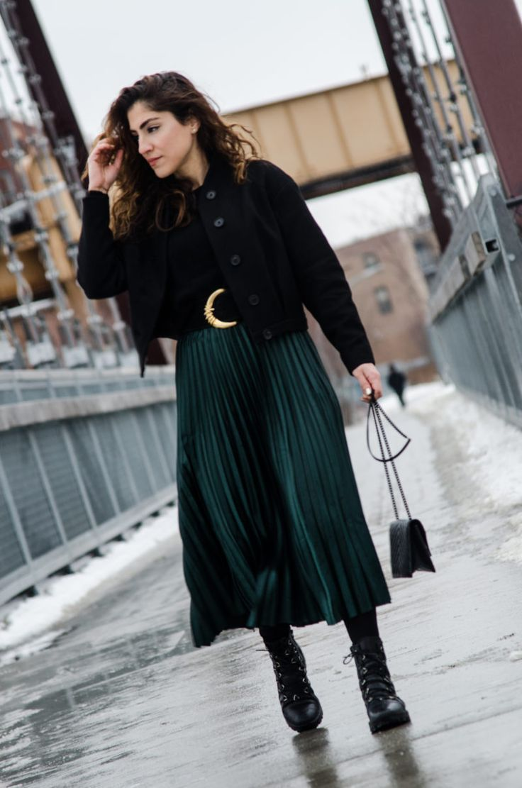 How to Wear a Pleated Skirt - Cuddlepill  Winter skirt outfit
