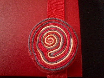 fake soutache bookmark (made from t-shirt scraps)