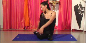 aperçu de la video: Comment faire des étirements latéraux pour le Pole Dance ?