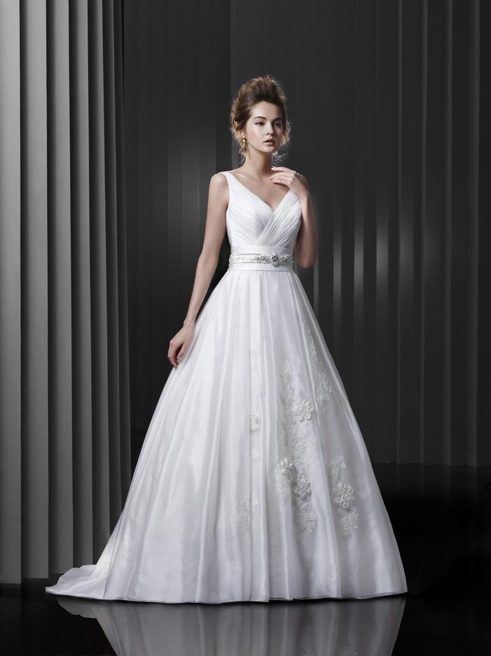 Igen Szalon Beautiful wedding dress - 13-30 #igenszalon #weddingdress #beautiful