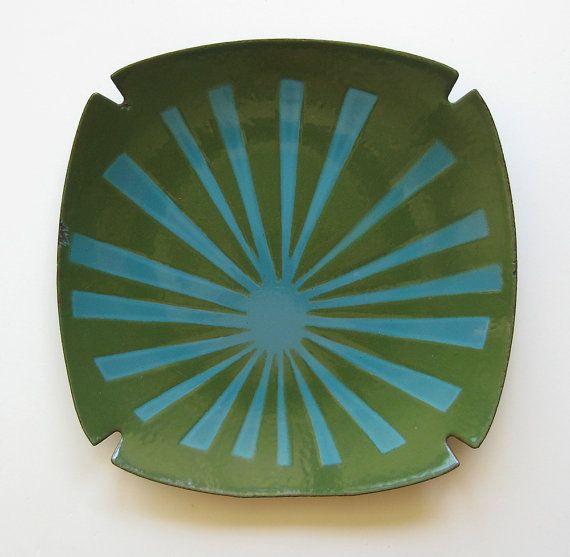 Vintage Enamel Dish   Ashtray   Atomic Starburst   Hanova Of Pasadena    Nova Pattern