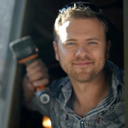 Backyard Crashers Sign Up: Matt Muenster Of Bath Crashers On DIY Network! Total