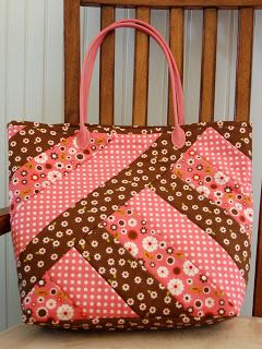 Great idea and spin on a jelly roll bag!  Love, Love, Love!   From: RGA Design LLC: Strips for Stripes Bag