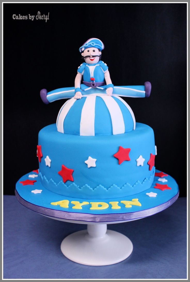Lazy Town's Sportacus theme cake