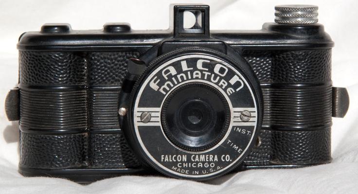 Late 1940s Falcon Miniature