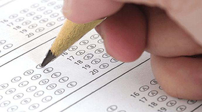 Este hechizo para aprobar los exámenes, te ayudará en tus estudios. Lo primero que tendrás que hacer, es escribir en el papel azul con el bolígrafo del mismo