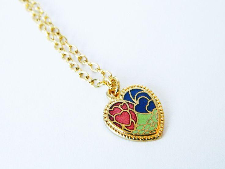 Vintage 1970s Gold Enamel Heart Charm Necklace on ElleFulton.com. #vtgvalentine