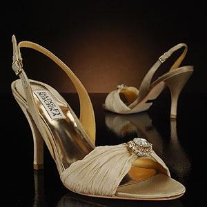 59 best Wedding shoes images on Pinterest | Wedding shoes, Wedding ...