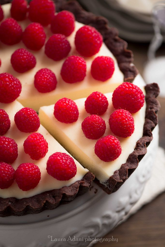 Chocolate Tart with White Chocolate and Mascarpone Filling | Laura Adani (English at bottom of page)