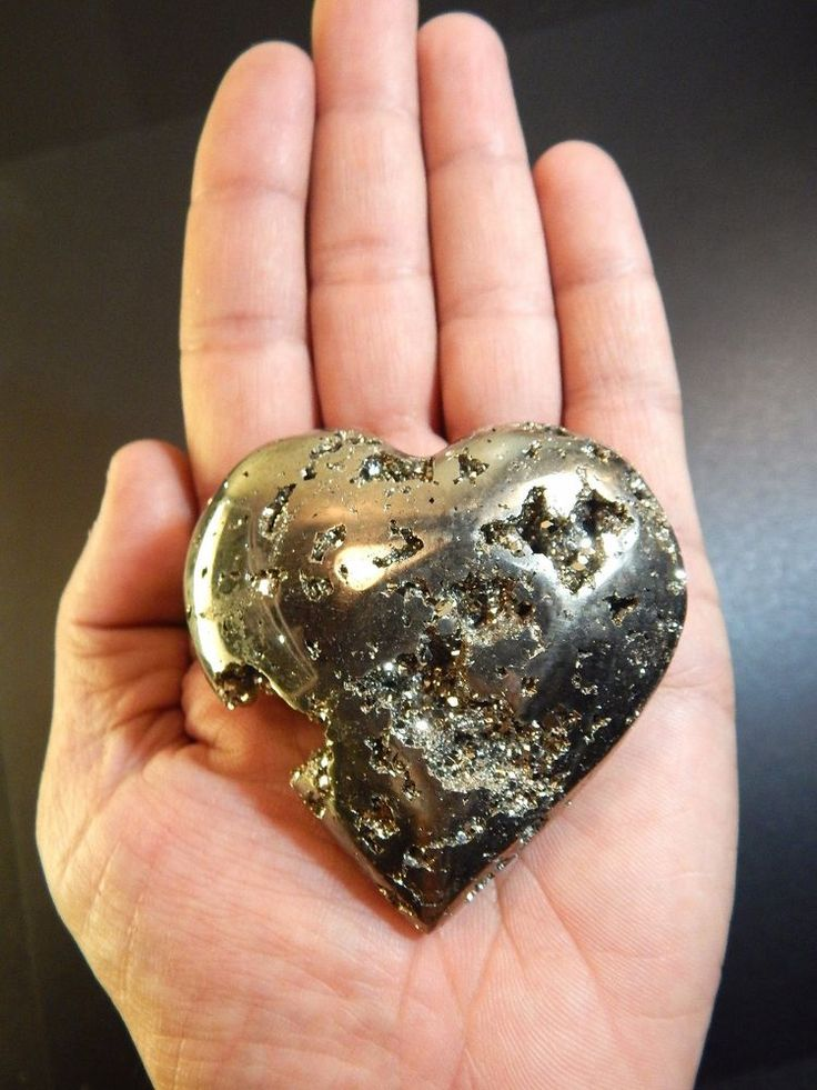 "Pyrite Heart Crystal LARGE Polished Palm Stone Geode Rock 2.5"" 7oz (PY7)"