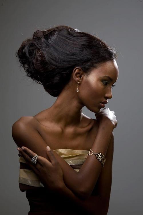 beautiful, elegant Fatima Siad