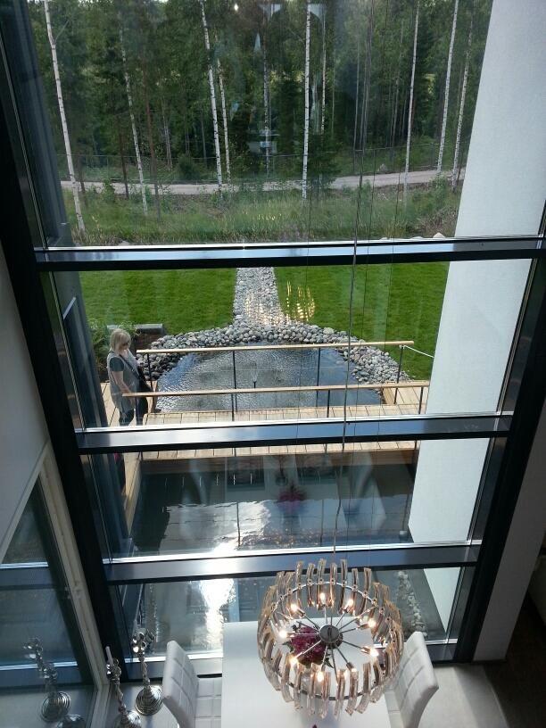 Messuilla pidin hieman persoonallisemmista taloista, esim Maisema'sta #asuntomessut pic.twitter.com/p2ozVjxy2l