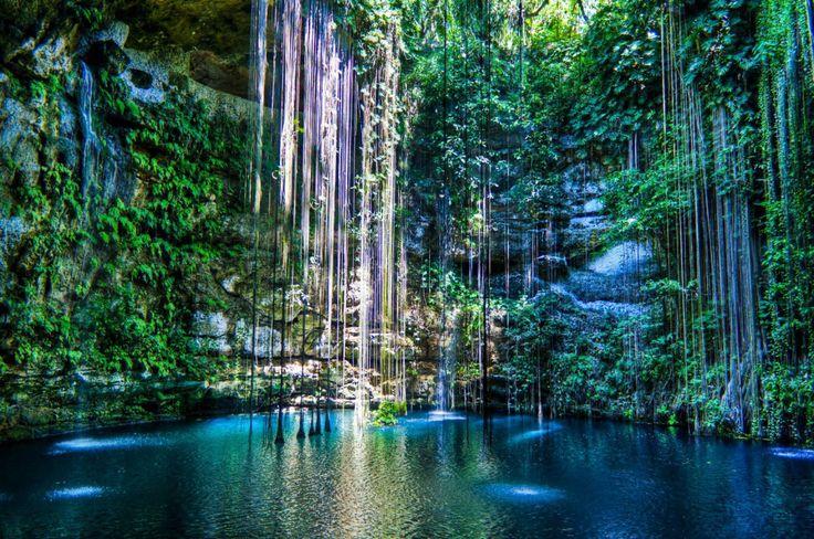Cenote Ik-Kil, Mexiko (CC BY-SA 2.0) KoiQuestion/Flickr #Weltenbau #Worldbuilding #Inspiration
