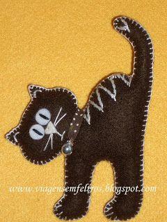 Brown Kitty Pin