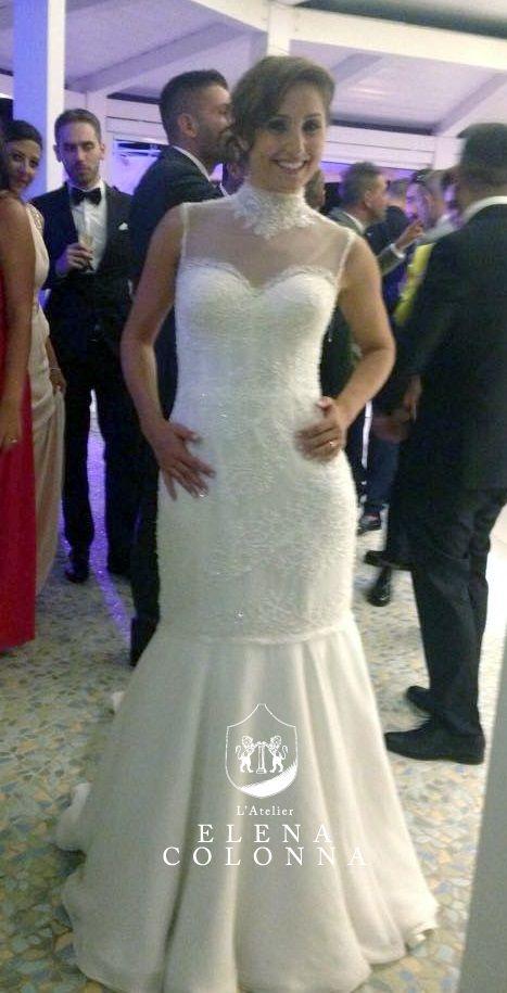 Maria sposa elegante e femminile con un abito nuziale esclusivo e sartoriale firmato L'Atelier Elena Colonna