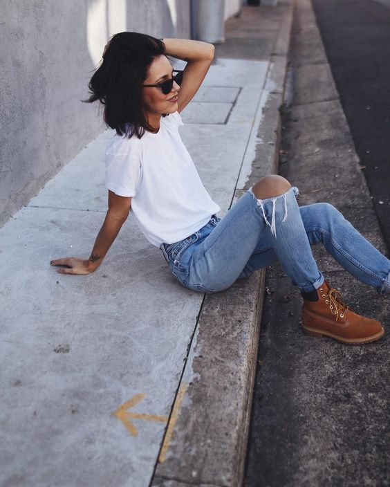 white T-shirt, distorted jeans, Timberlands