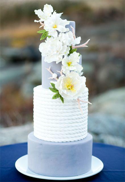 Gorgeous blue wedding cake