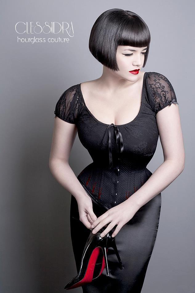 Model Tessa KuragiCorsetClessidraPhoto Catherine Day