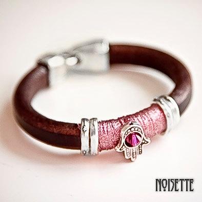 Hand of Fatima bracelet by noisettee on Etsy, €32.00