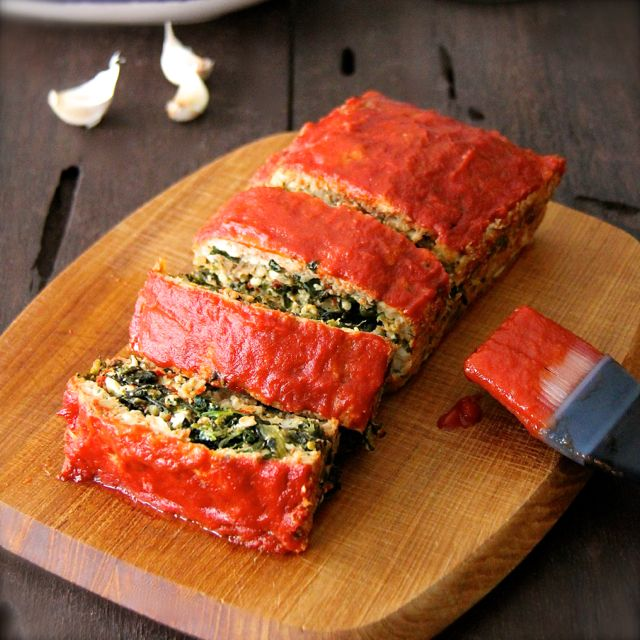Spinach and Feta Cheese-Stuffed Turkey Meat Loaf