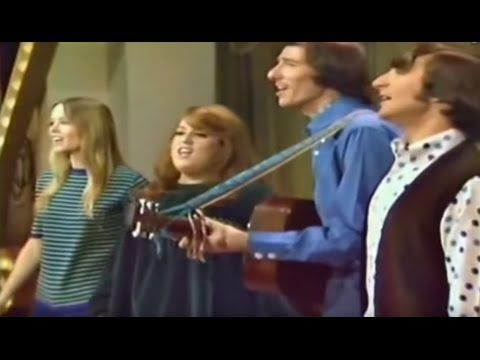 California Dreamin' - The Mamas & The Papas