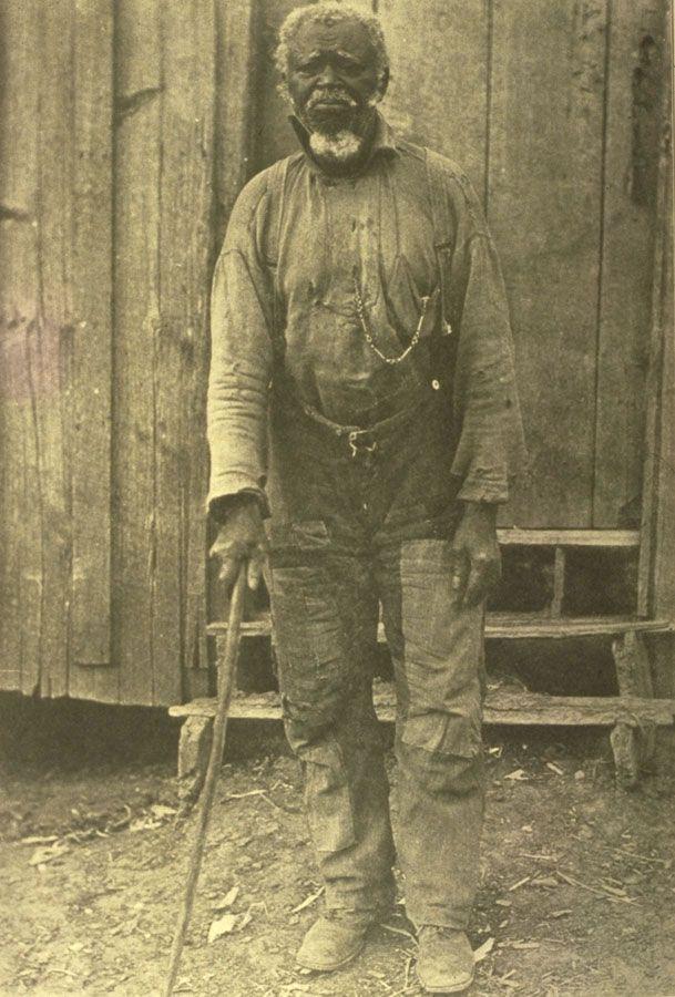 HISTORICAL PORTRAITS / Uncle Tom Brown, Windsor Plantation, Alabama, 1915.