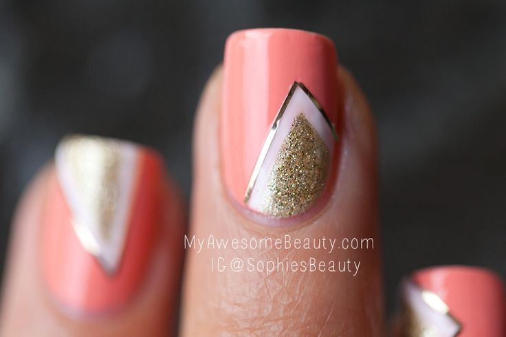 Nail art - love the assymetry