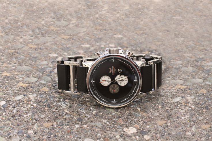 Gift ideas for dad - Vestal Plexi Watch