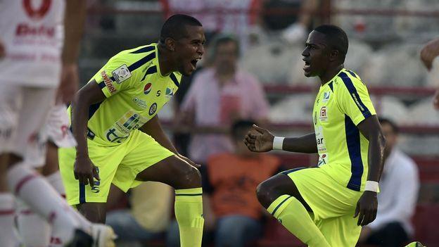 El Mineros venezolano se quiere aprovechar mañana del mal momento del Universitario de Sucre boliviano, que acumula apenas una victoria en sus últimos siete encuentros, en la segunda jornada del grupo 3 de la Copa Libertadores 2015, integrado también por el Huracán argentino y el Cruzeiro brasileño.