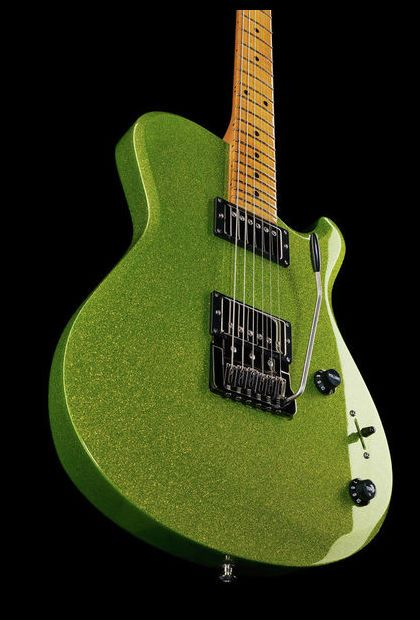 Knaggs Choptank T3 Choptank LGS - Thomann - Finish: Nitrocellulose lacquer www.thomann.de #green #guitar #guitarist #knaggs #greenery #electricguitar