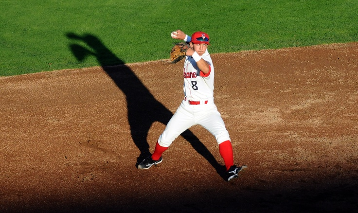 June 25 - Shortstop Gabriel Roa flashes the leather in Spokane's 4-1 victory over Boise. (James Snook)