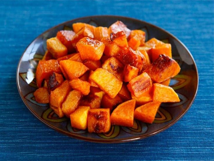 Maple Cinnamon Roasted Butternut Squash - Easy, healthy, delicious vegan recipe for fall. Includes link to a detailed tutorial on how to peel and seed butternut squash.