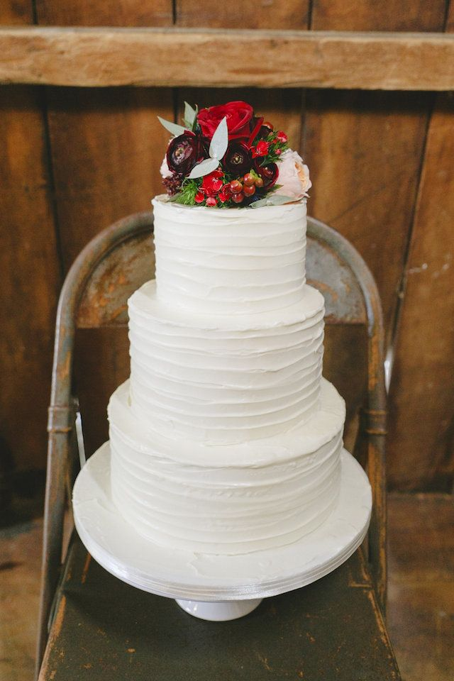 Winter wedding cake | Sweet Events Photography