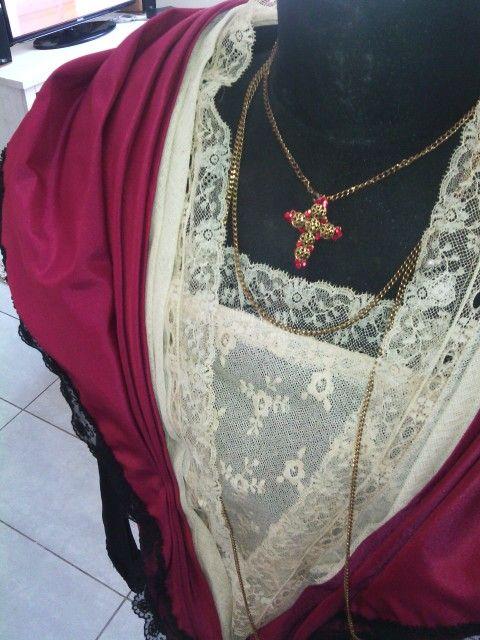 Détails costume arlésienne