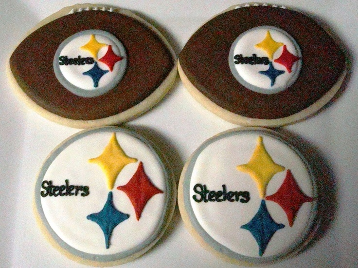steelers football cookies - if we get to the superbowl this year I totally am!