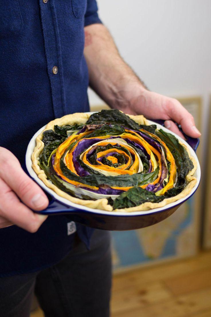 Appena abbiamo visto queste Spiral Tart nel nostro feed di Instagram ce ne siamo innamorati. Prova anche tu la nostra nuova torta vegetariana di stagione!