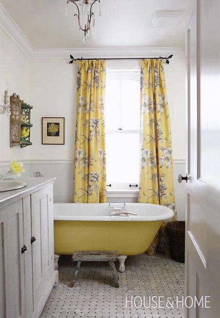 We love Sarah Richardson, she isn't afraid to use a bit of colour, the yellow is lovely and so are those drapes.