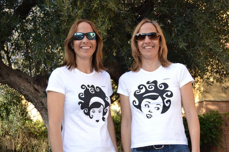 Camisetas en algodón orgánico, estampadas con tintas al agua. Respetuosas con el medio ambiente www.strambotica.es