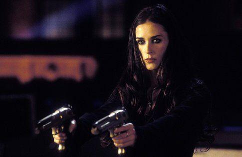 Still of Demi Moore in As Panteras: Detonando (2003)